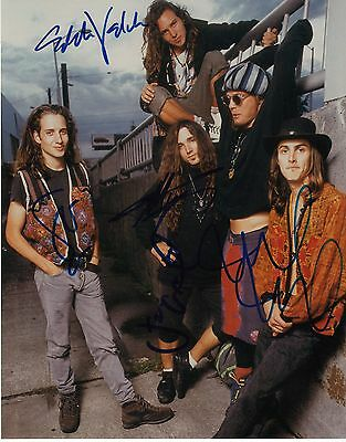 Pearl Jam - Signed Photo - Original Band