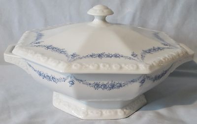 Rosenthal Blue Garland Covered Serving Dish 47 oz