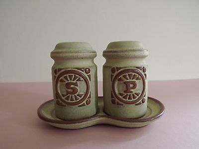 Tremar Pottery Salt & Pepper Pots with Stand (71,109)