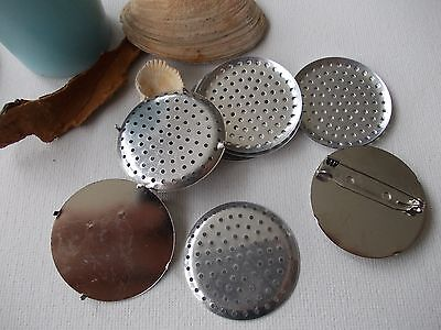 36mm PIN BACK BADGE DISC WITH SIEVE,SILVER METAL, BROOCH JEWELRY, CHOSE 5 or10