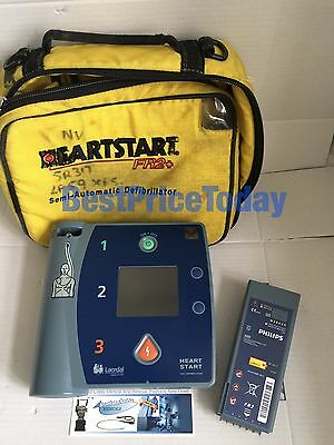 Philips HeartStart FR2 AED Case and Pads  Perfect condition battery low.