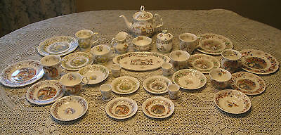 Royal Doulton Brambly Hedge 4 Seasons Tea Set - 33 items