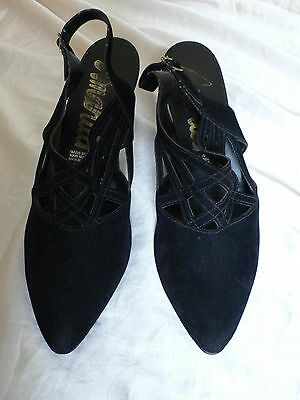 Black Velvet Vintage 1980s/90s Shoes 6