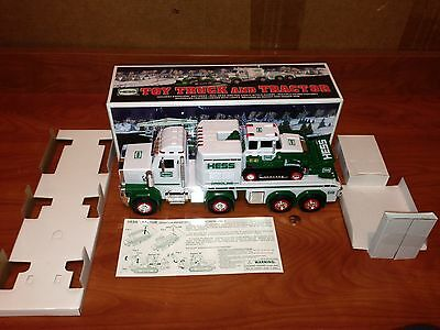 O4-45 Hess Truck 2013 NEW IN BOX Toy Truck And Tractor With Inserts RARE!