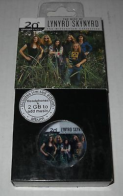Playbutton 2 GB MP3 Player Button w/Lynyrd Skynyrd-Millenium Collection, NEW