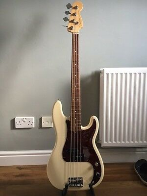 Fender Precision USA standard 2011 Ivory  - great condition