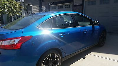 Ford: Focus Ford Focus 2012. Moving out of the country! Need to sell my car!
