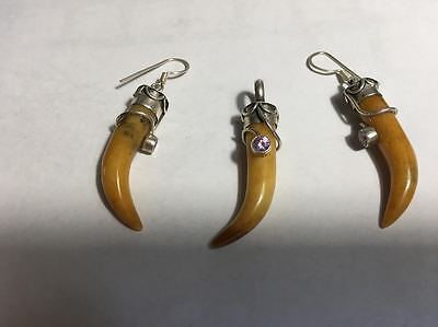 Antique, beautiful Tiger Tooth Design, Silver pendant Silver Earrings