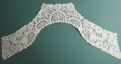 Antique Handmade White Honiton Lace Lappet 17Th Century Dutch Shape