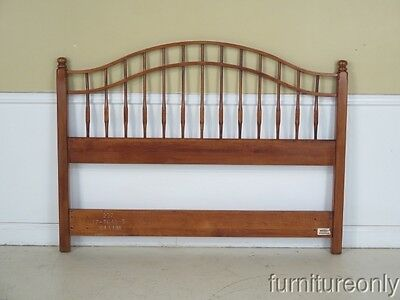 F42584: ETHAN ALLEN Queen Size Country Crossings Maple Headboard