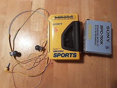 Sony Sports Walkman WM-AF54 with Headphones and Rechargeable Battery Kit