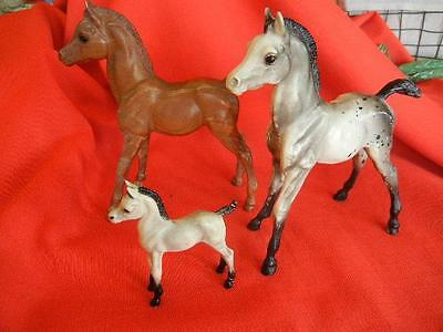"Vintage Lot of 3 Hartland Plastics + Breyer Moldings Horses 6.5 "" + 3 3/8"""