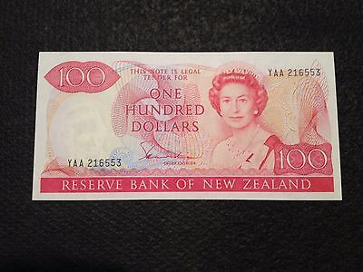 New Zealand Dollar 100 Dollar Banknote UNC, 1981, P-175a, Signature: Hardie