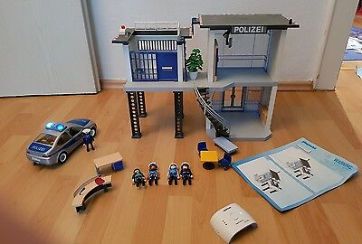 playmobil polizeistation 5176 5182 polizeiauto mit alarm. Black Bedroom Furniture Sets. Home Design Ideas