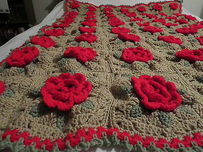 HANDMADE Crocheted AFGHAN Knit THROW vtg ROSE Red FLOWER Quilt COUCH Lap BLANKET