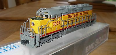Kato 176-2103 N Scale SD40 Union Pacific #3039 DCC DECODER FITTED - MINT