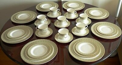 Royal Doulton England China Service For 8  ~ 5 Piece Place Setting Sonnet