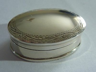 Vintage solid Silver Pill/Snuff box.