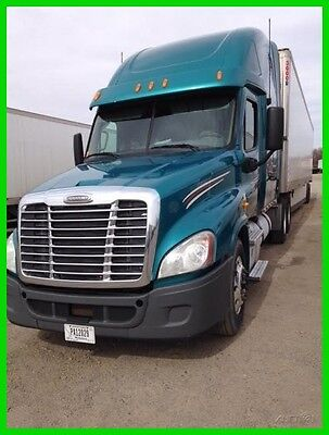 2012 Freightliner Cascadia Used, Conventional Commercial Semi Sleeper Truck