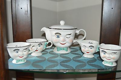 Baileys Winking Teapot and Cup Set Limited Edition 1996 Barware Liquor Decor