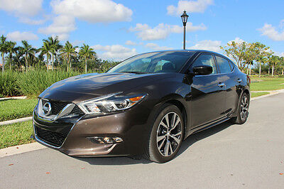 2016 Nissan Maxima S Sedan 4-Door 2016 NISSAN MAXIMA S,  AUTOMATIC TRANS. WITH OLY 3K MILES, IN LIKE NEW CONDITION