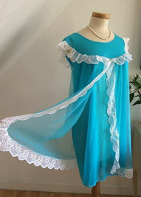 VINTAGE 60s BABYDOLL NIGHTGOWN DELICIOUS SHEER BLUE LACY CURVY 18 FROTHY YUMMY