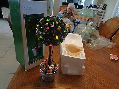 Hallmark Sugar Plum Tabletop Topiary Lighted Display Tree W/Bonus Mini Ornaments