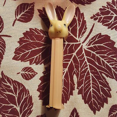 Vintage Pez Dispenser Bunny White Rabbit Pink Stem With Feet Preowned Loose
