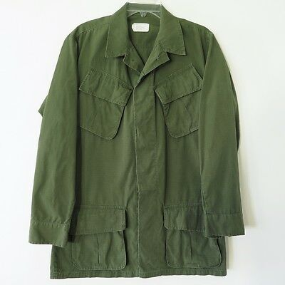 VINTAGE 1960s US ARMY VIETNAM JUNGLE JACKET SLANT POCKET RIP STOP SMALL LONG