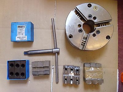 200mm Dia Bison 3 Jaw Chuck C/W External Internal, Soft Jaws and Chuck Key