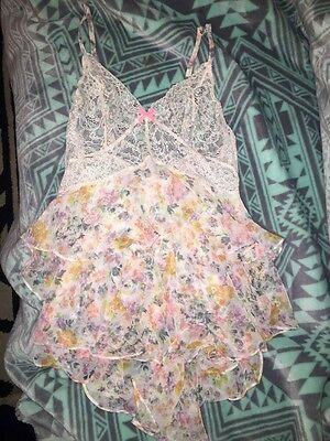 NWOT VICTORIA'S SECRET Unlined Babydoll Lingerie Lace Sheer Floral Small