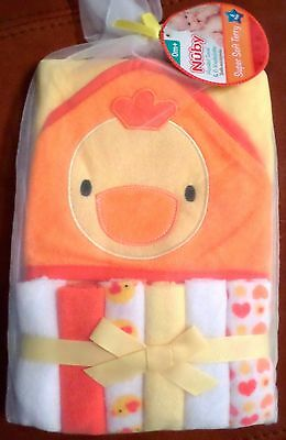 Nuby Baby Girls Terry Hooded Towel & Washcloths Ducks/Hearts White/Yellow/Orang