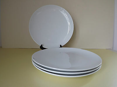 4 Porcelain Plain White Dinner Plates (L64,133)