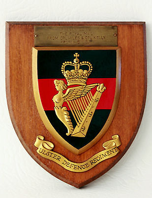 ULSTER DEFENCE REGIMENT HQ UDR Wall Plaque / Shield ~ Brass Plate Presented To..