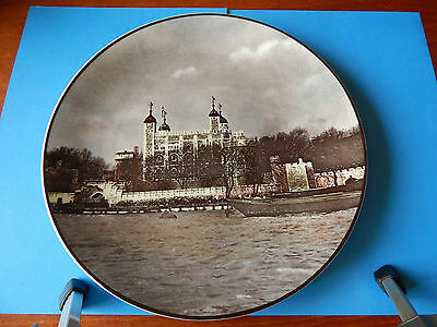 Large Royal Doulton The Tower Of London Plate VGC