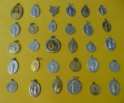 Vintage-Catholic-Religious-antique-Holy-Gold-Silver-Color-Medals-lot-of-30-#B