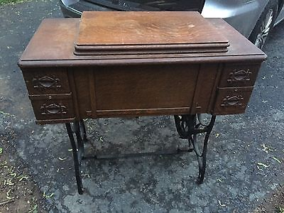 1920'S white rotary Treadle Sewing Machine With accessories