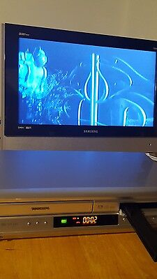 TOSHIBA SD-v392su DVD Player/VHS VCR Recorder Combo TESTED