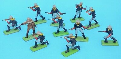 BRITAINS Deetail Dismounted 7th Cavalry 1/32 54mm figures Custer toy soldiers