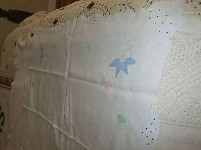 Tablecloth  White Linen Square nice embroidered pastel flowers scalloped  #19T