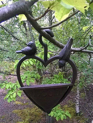 Vintage Cast Iron Hanging Garden Bird Feeder Loveheart Wild Bird Feeding Station