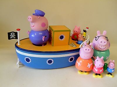 Peppa Pig Bath Boat And Figures Plus Peppa Pig Family Figures