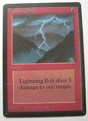 LIGHTNING BOLT - BETA Magic The Gathering Card - MTG