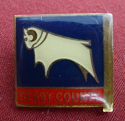 VINTAGE DERBY COUNTY LAPEL BADGE - 1970s