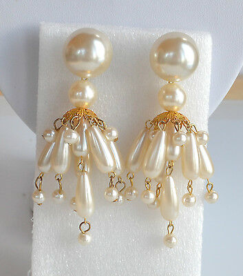 VINTAGE 70's FAUX PEARL PLASTIC STATEMENT CHANDELIER CHA-CHA PIERCED EARRINGS