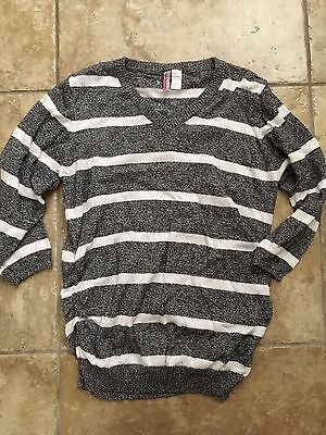 Oh Mamma Maternity XL Extra Large Gray & White Striped V Neck Sweater Motherhood