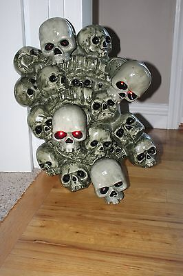 Halloween Prop 2ft Wall of Skulls Animated Moving Motion Sound Lights Up
