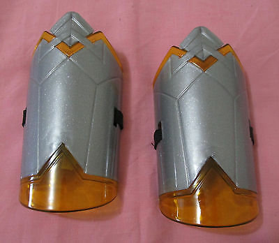 Wonder Woman Movie Promo Gauntlet Comic Con 2017 Gal Gadot Cosplay Gauntlets