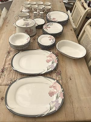 New Decade by Noritake 47 Piece Dinner Service