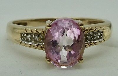 Vintage 9ct gol pink sapphire and diamond ring. Size P 1/2.